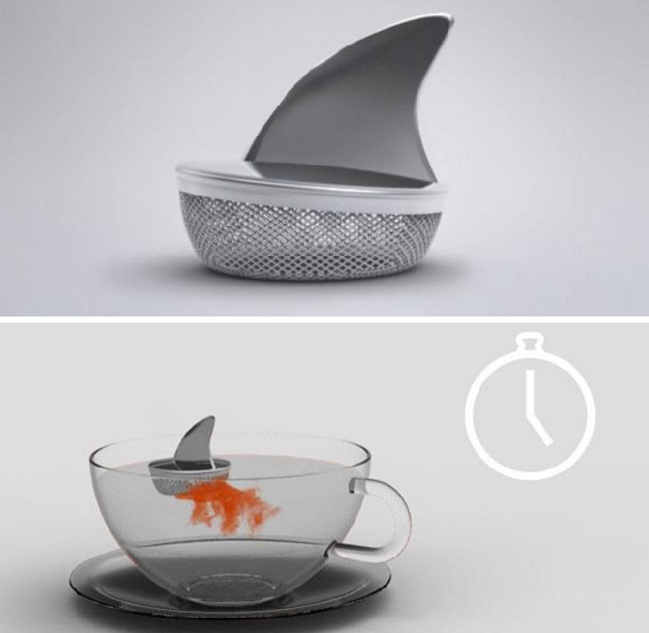 מסננת תה צפה במים בצורת גב הכריש