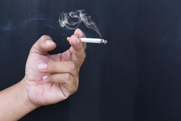 זיהוי מוקדם של סרטן ריאות: סיגריה ועשן