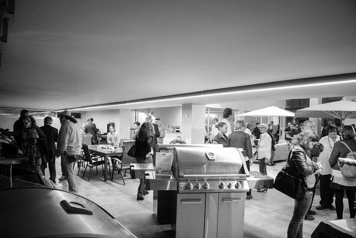 בניית מטבח חוץ: מתקן גריל בתערוכות כלי מטבח