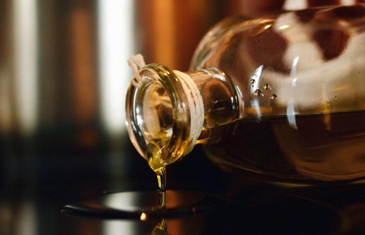 שימושים לשמן קיק: בקבוק שמן