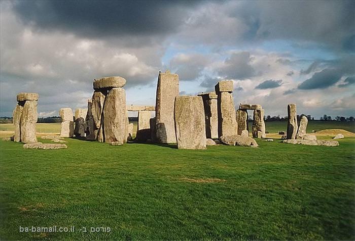 סטונהנג', מסתורין, אונסקו, אבניי ענק, אבנים, בריטניה