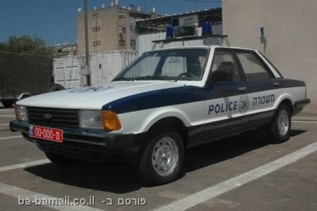 משטרה, משטרת ישראל, רכבי המשטרה של פעם, פורד קורטינה