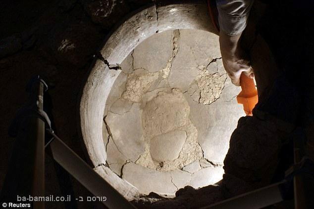 שרידי יין מלפני 6,100 שנה - היקב העתיק בעולם