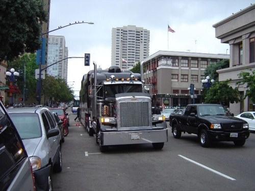 לימוזינה משאית