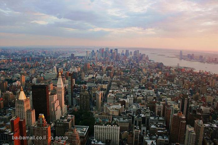 15 צילומים מדהימים של קו הרקיע בערים גדולות (בעריכה)