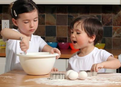 לבשל עם ילדים