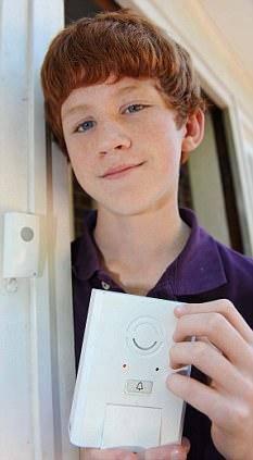 המצאה גדולה של ילד בן 13 - פעמון דלת נגד פורצים