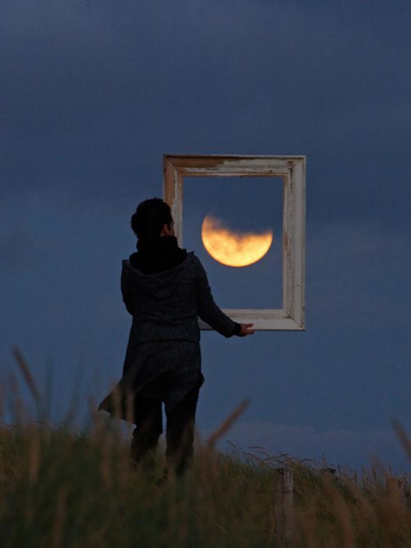 ירח דוגמן - סדרת תמונות אומנותית יפיפיה (בעריכה)