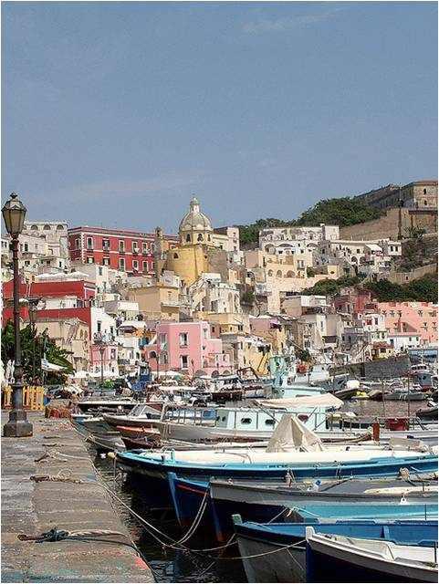 תמונות מדהימות מנאפולי באיטליה