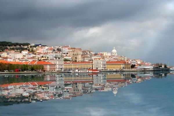 20 ערים משתקפות על המים