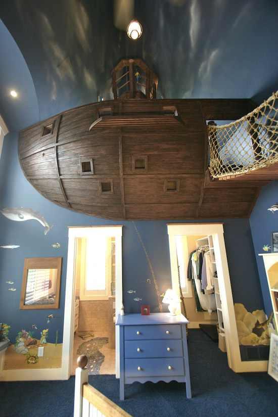 חדר ילדים בעיצוב ספינת פיראטים