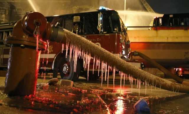 שריפה שקפאה בשיקגו