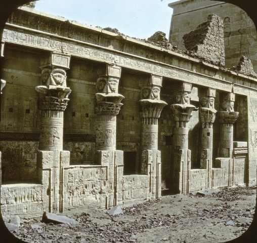 מצרים העתיקה בצבע