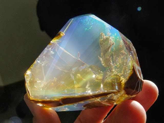 אבן אופל