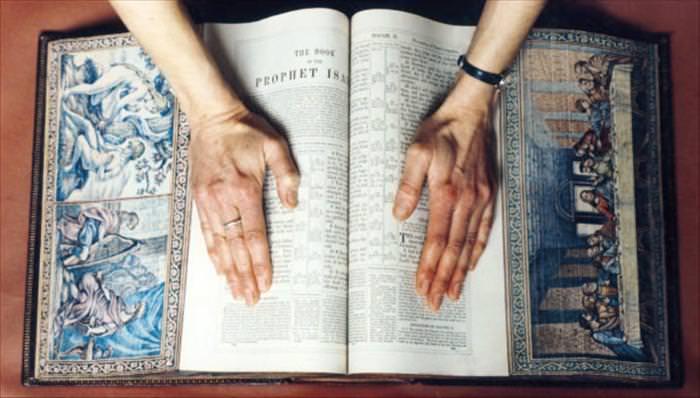 אמנות בספרים