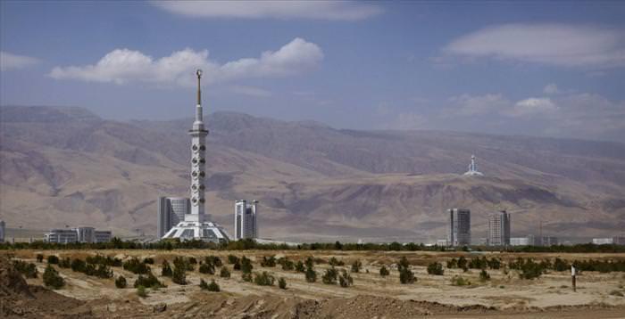 עיר השיש הלבנה אשגבאט