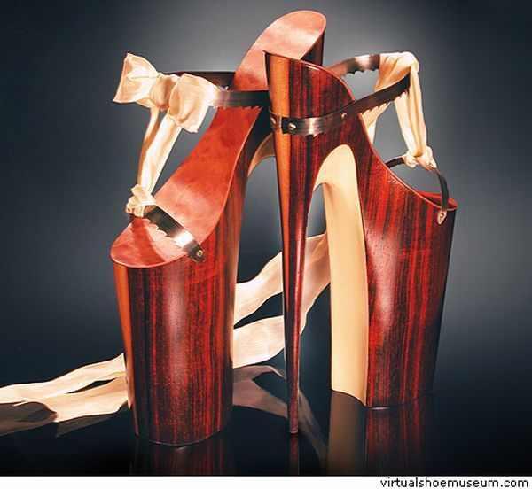 הנעליים הכי מוזרות בעולם
