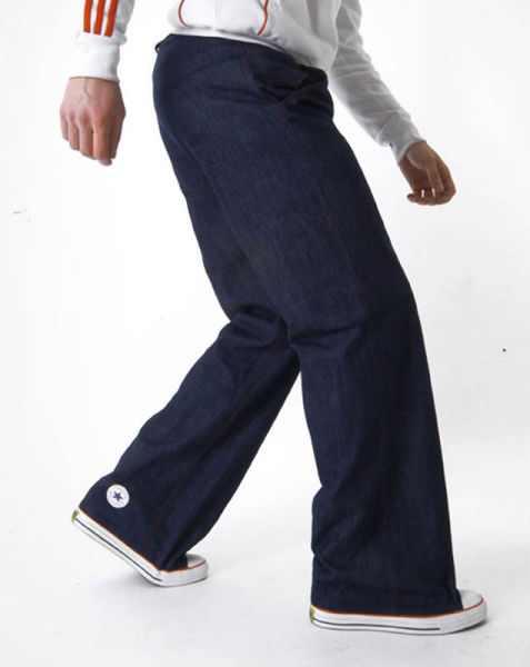 עיצובים מיוחדים של בגדים ופרטי לבוש