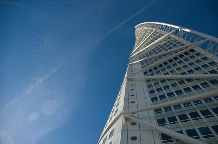 בניינים עם טוויסט מרחבי העולם