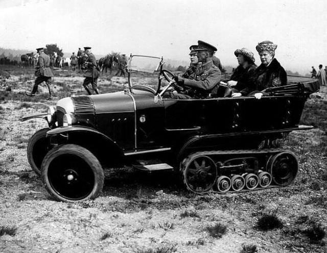 כלי רכב היסטורים מצחיקים