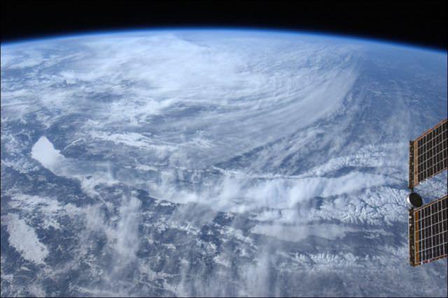 תמונות של עננים מהחלל