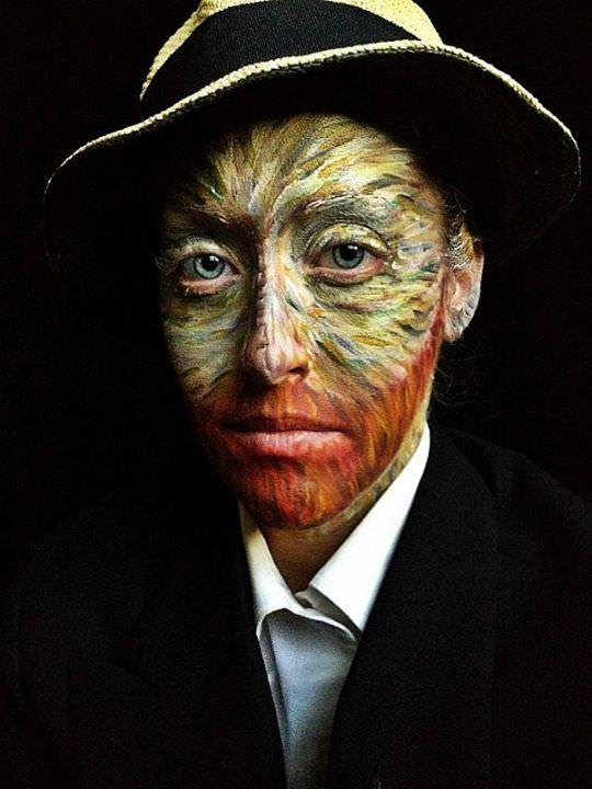 אמנית איפור פנים
