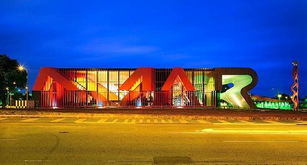 ארכיטקטורה וטיפוגרפיה