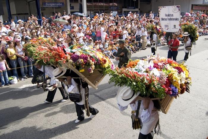 תמונות מפסטיבל הפרחים של קולומביה