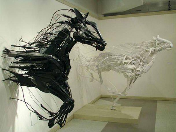 פסלים יוצאי דופן