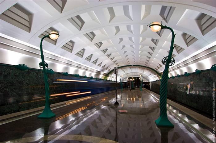 תחנות רכבת תחתית
