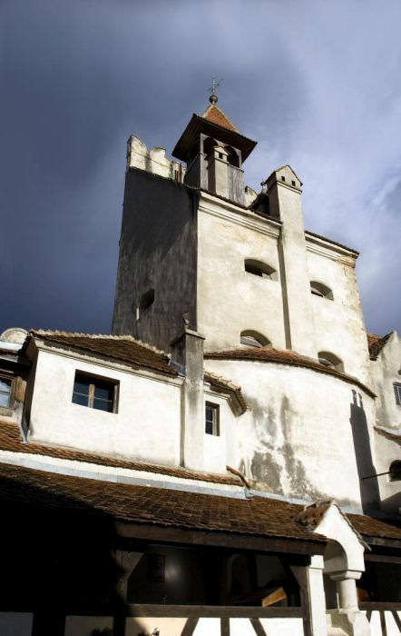 הטירה של דרקולה למכירה