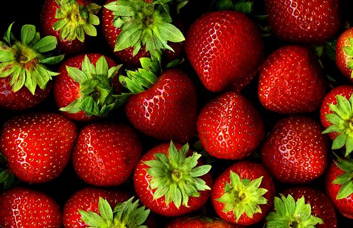 אילו מזונות בריאים לעור?