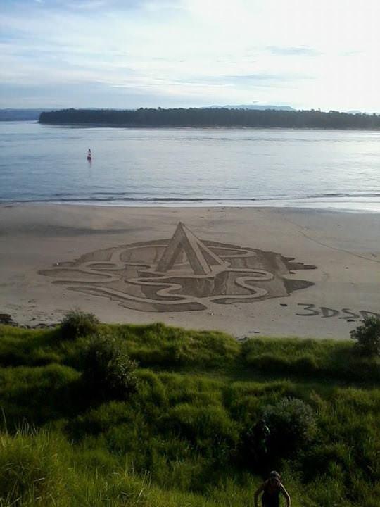 אמנות תלת ממד בחוף הים