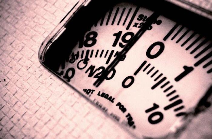 יתרונות ארוחת הבוקר: מספרים על משקל