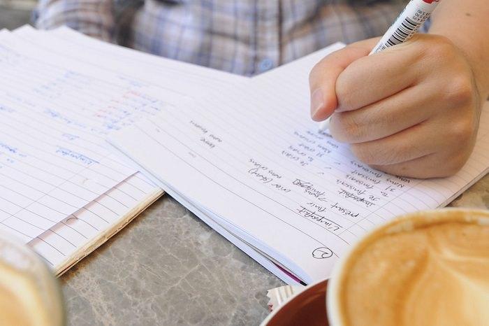 איך ללמוד נכון: כתיבה במחברת