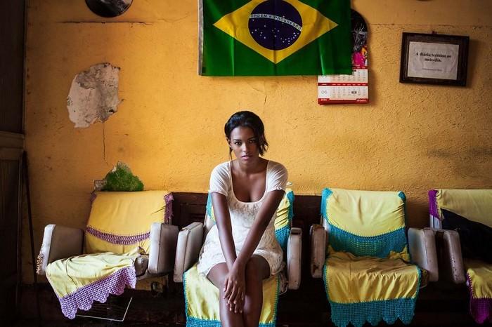 נשים יפות מכל העולם