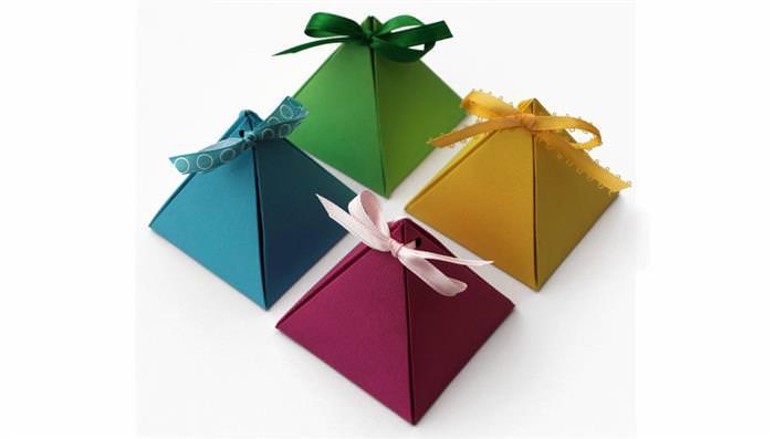 עטיפת מתנות