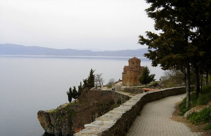 אתרים באלבניה