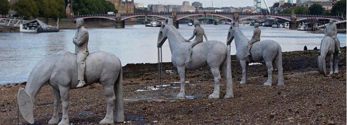 פסלים משתנים