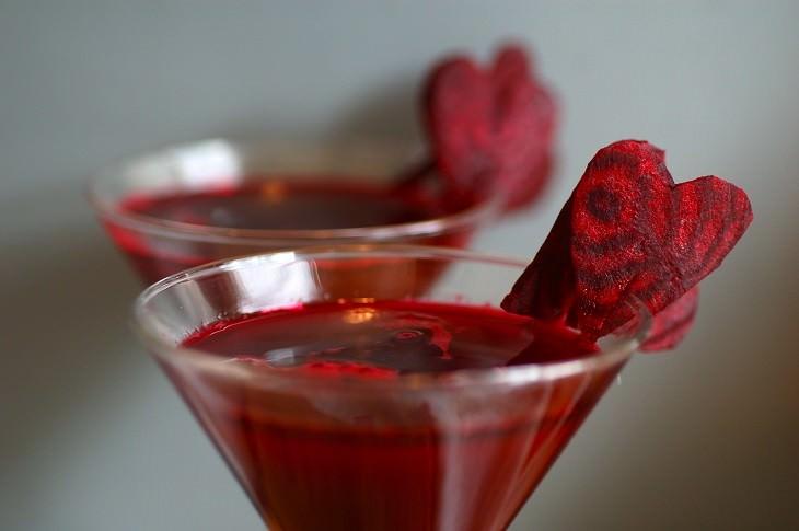 משקאות לטיפול בלחץ דם גבוה: מיץ סלק