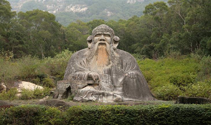 פסל של לאו דזה