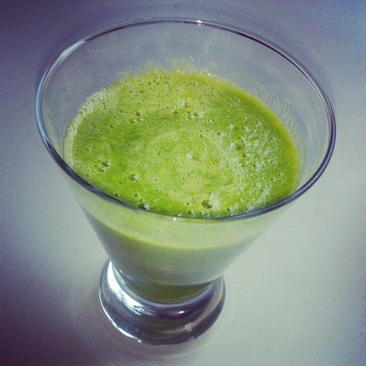 משקאות לטיפול באנמיה: משקה פטרוזיליה