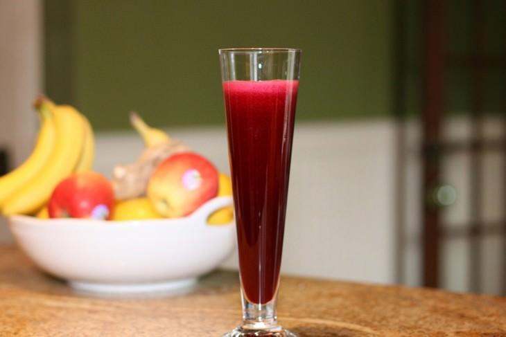 משקאות לטיפול באנמיה: משקה סלרי ושמרי בירה