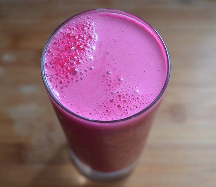מאכלים לשיפור זרימת הדם: מיץ סלק