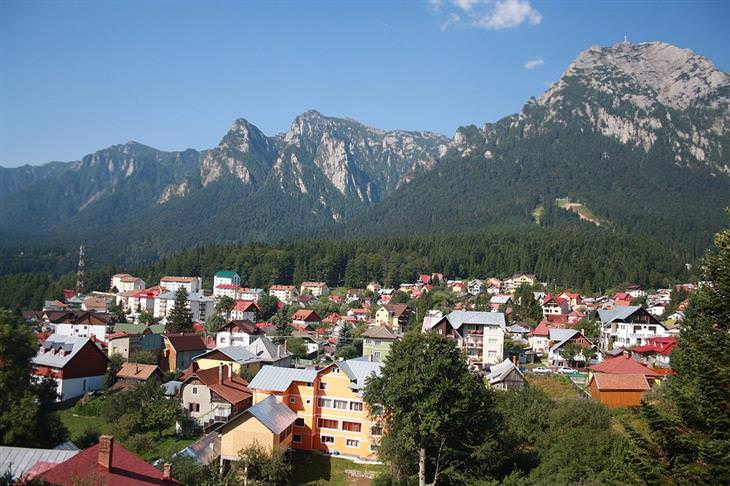 עיירות קטנות ברומניה: בוסטיני