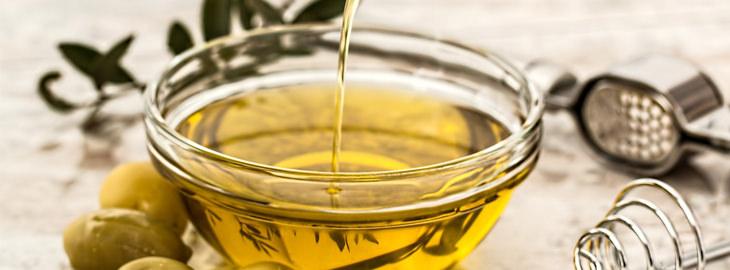דרכים לטיפול בעור יבש: שמן זית