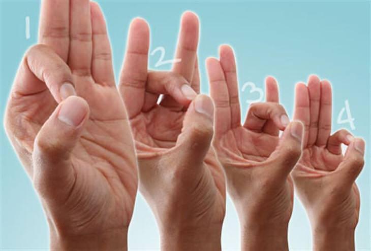 אימונים לחיזוק כפות הידיים: תרגיל סגירת אצבעות