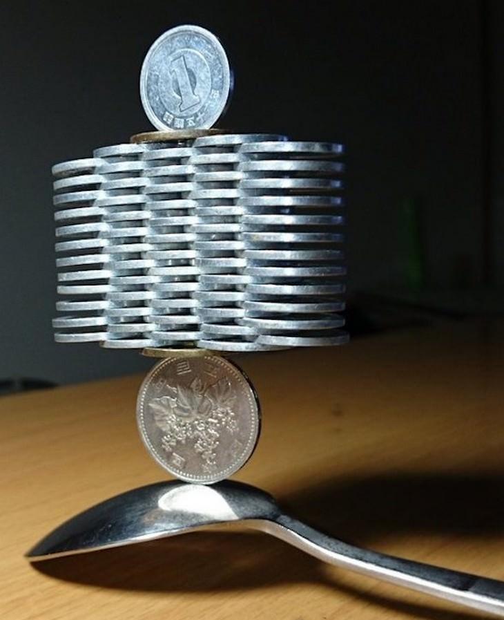 אמן שמייצב מטבעות