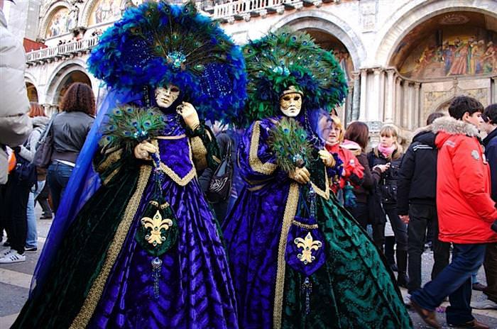 מסיכות ונציה