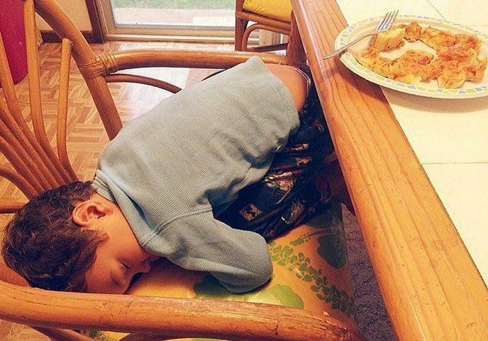 תינוקות נרדמים בכל מקום
